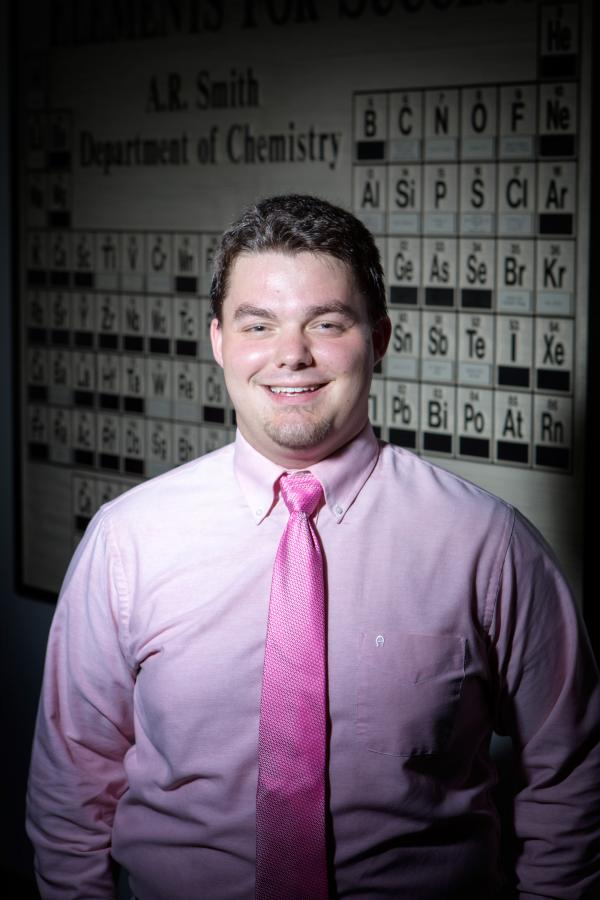 Chemistry major wins Goldwater Scholarship, completes NIH internship