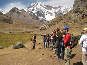 Scientists, students and Quechua community partner to understand climate change