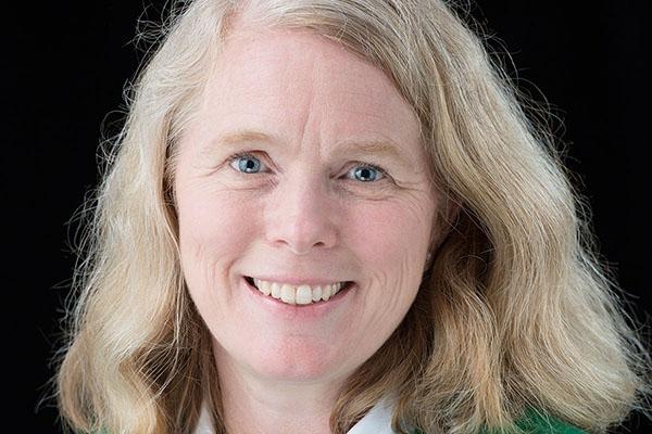 Dr. Leslie Bradbury creatively prepares tomorrow's science teachers