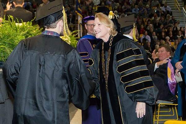 Fall 2016 Commencement: Appalachian graduates encouraged to serve their communities
